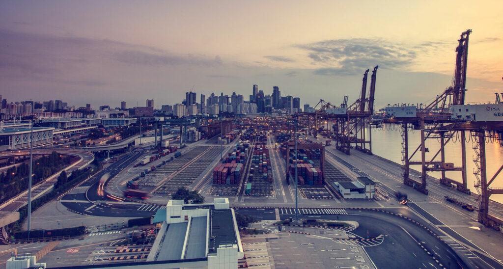 porto cargo mare